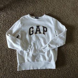 NWOT GAP crewneck sweatshirt